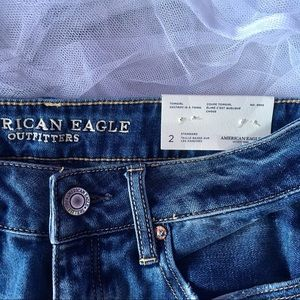 NWT American Eagle Outfitters Tomgirl Jeans 2 Reg.